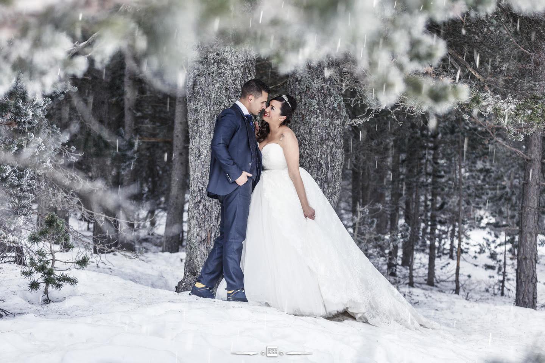 Postboda en la nieve